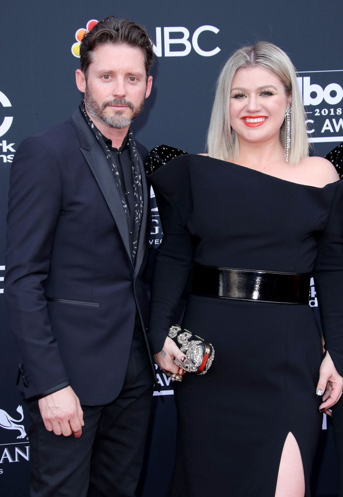 Kelly Clarkson Gives Advice for Tough Holiday Conversations Amid Divorce