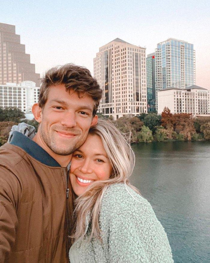 Krystal Nielson se sincera sobre estar embarazada mientras estaba legalmente casada con su ex Chris Randone Miles Bowles