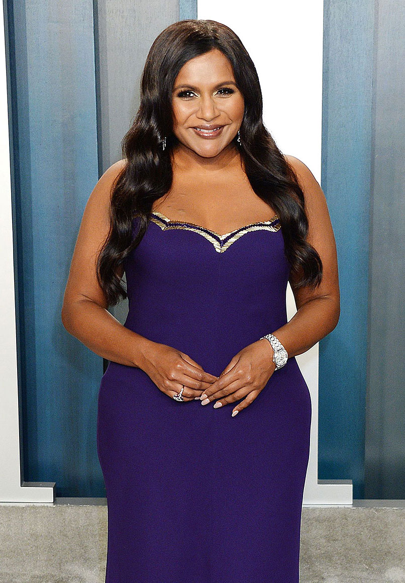Mindy Kaling Pregnant Amid COVID-19 Pandemic Purple Dress Gallery