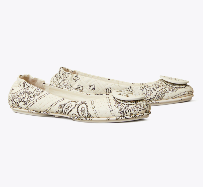 Minnie-Quilted-Travel-Ballet-Flat-Leather-Logo