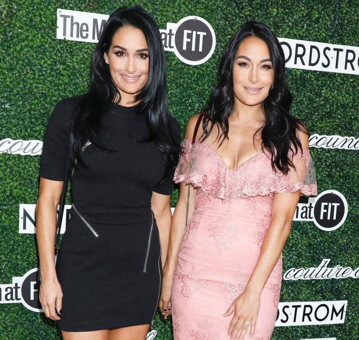 Nikki y Brie Bella nos muestran sus fotos familiares más lindas