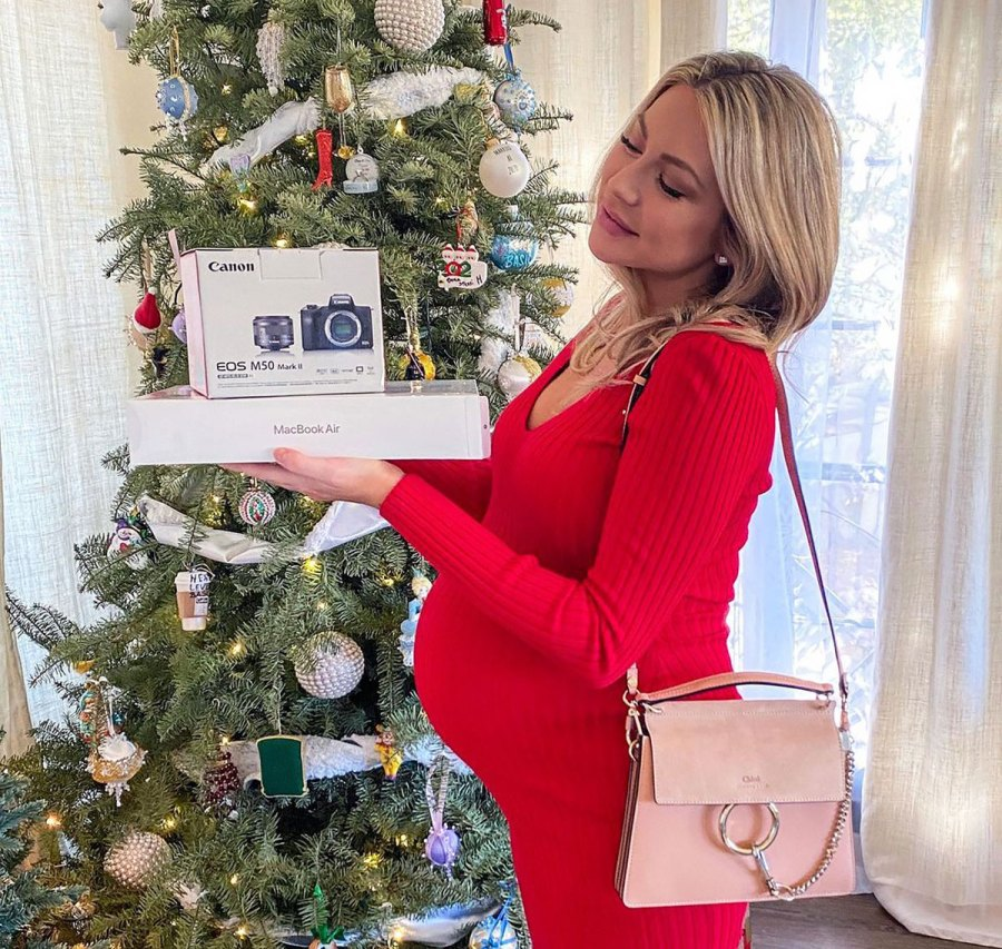 Christmas Cutie! See Stassi Schroeder's Baby Bump Pics Ahead of 1st Child