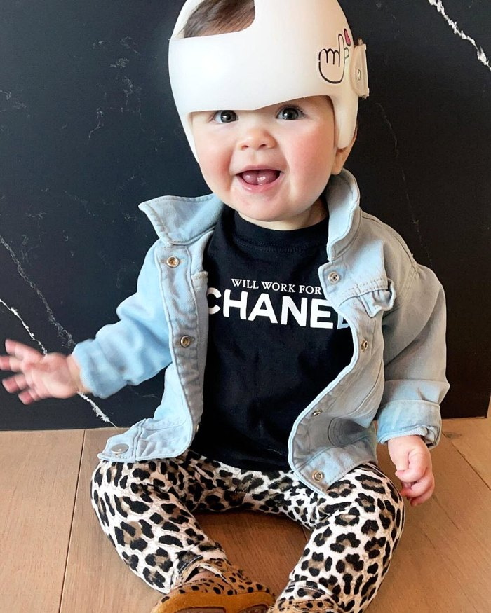 Teddi Mellencamp actualiza a su hija Dove 5 meses después de la neurocirugía