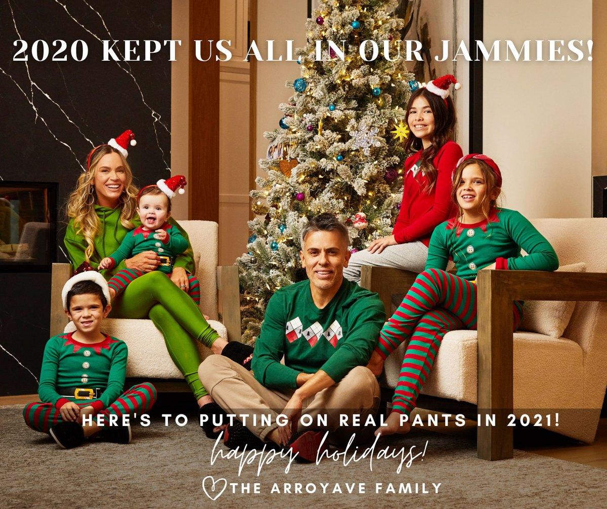 Kylie Richardsons Christmas Card 2021 Cutest Celebrity Holiday Cards Of 2020 Photos