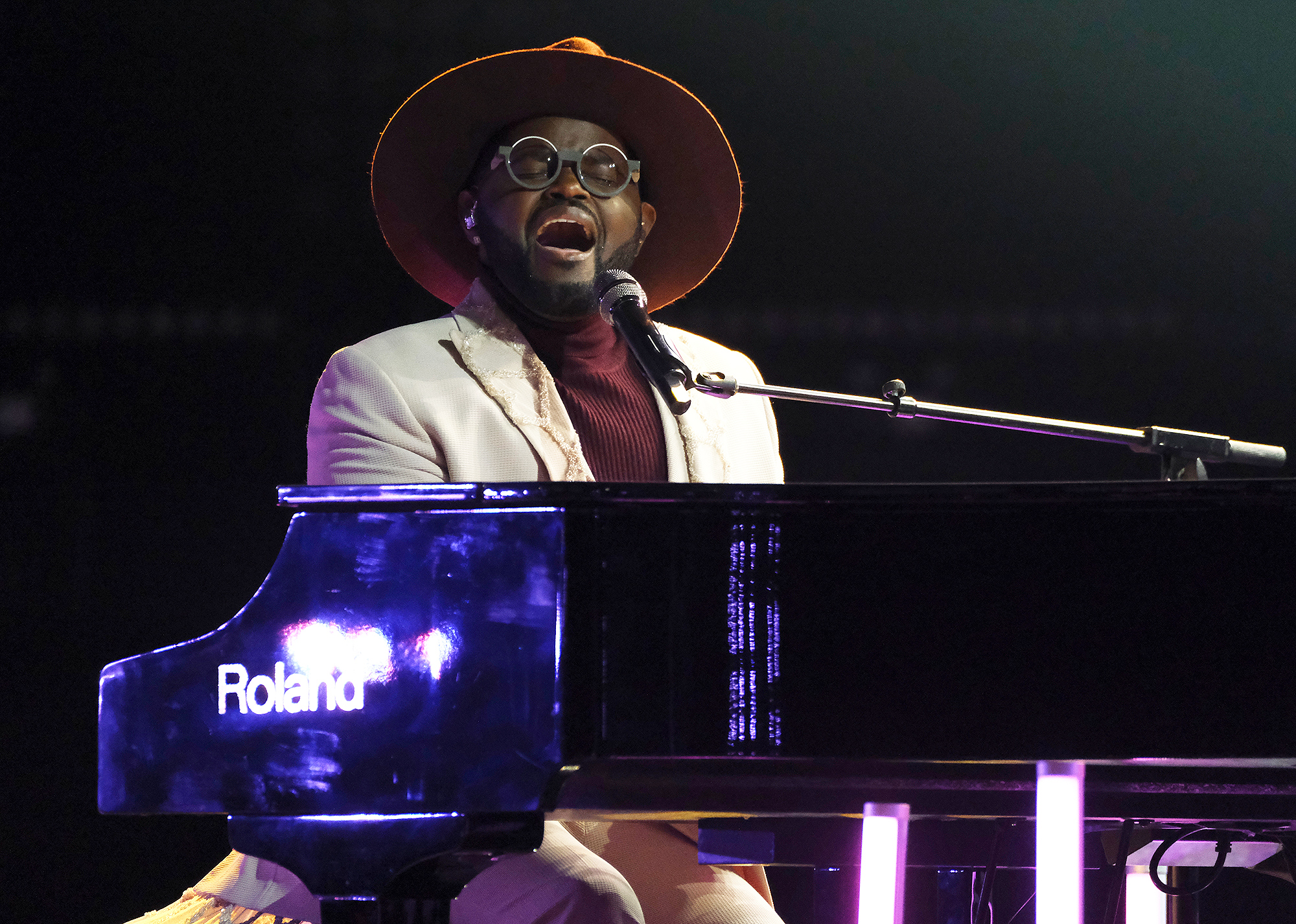 The Voice John Holiday Contestant Brings John Legend to Tears With Song Dedicated to Him and Chrissy Teigen After Baby Loss