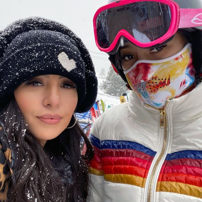La hija de Vanessa Bryant, Natalia, se tuerce el dedo y la muñeca esquiando: 'Revancha por burlarse de' papá Kobe Bryant