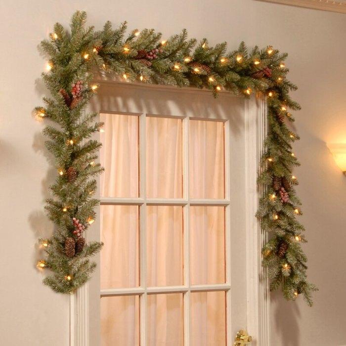 Andover Mills Guirnalda preiluminada de abeto Dunhill de 9 pies con 50 luces cálidas transparentes / blancas