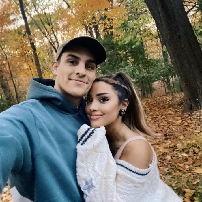 YouTuber Gabi DeMartino está comprometido con Collin Vogt