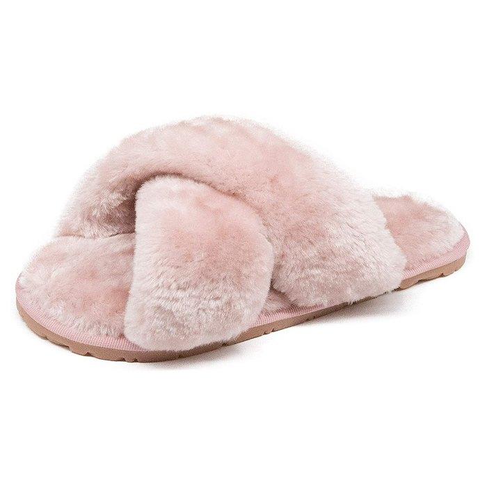 Pantuflas de spa peludas y esponjosas de Crazy Lady Fuzzy