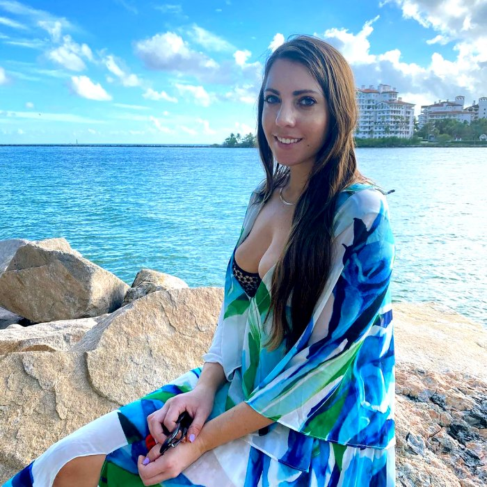 Victoria Larson de Bachelor aplaude a Body Shamers con foto de bikini