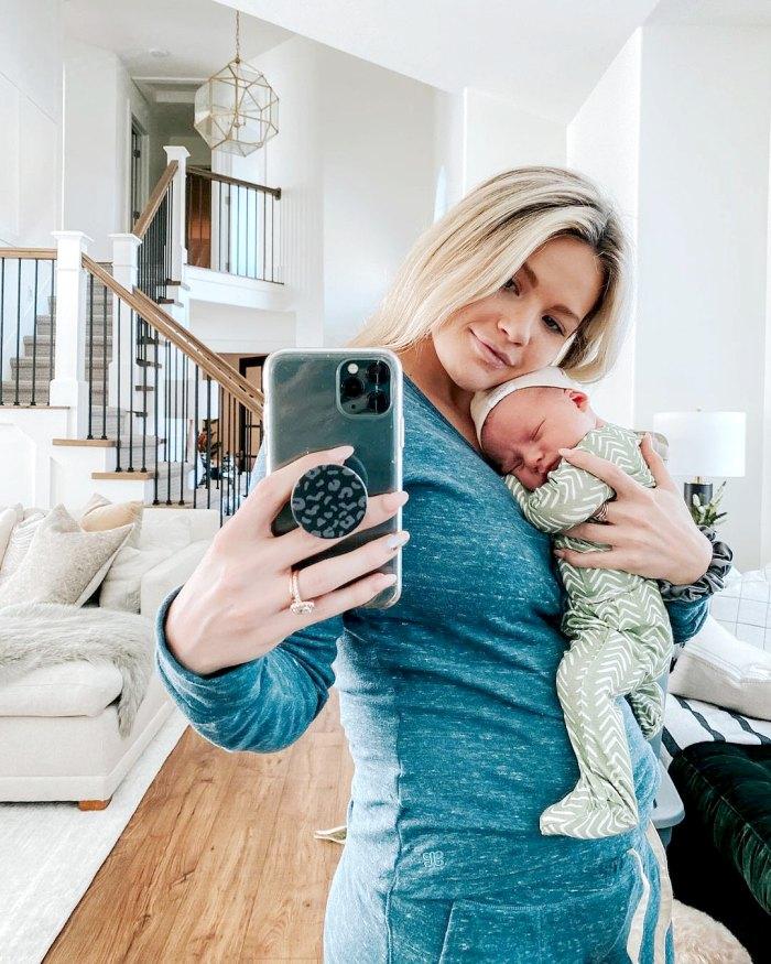 DWTS Witney Carson todavía usa pañales después de dar a luz a su hijo Leo
