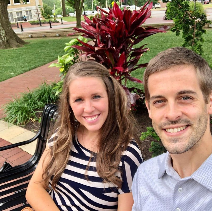 Derick Dillard Leaves Flirty Comment on Jill Duggar Workout Pics
