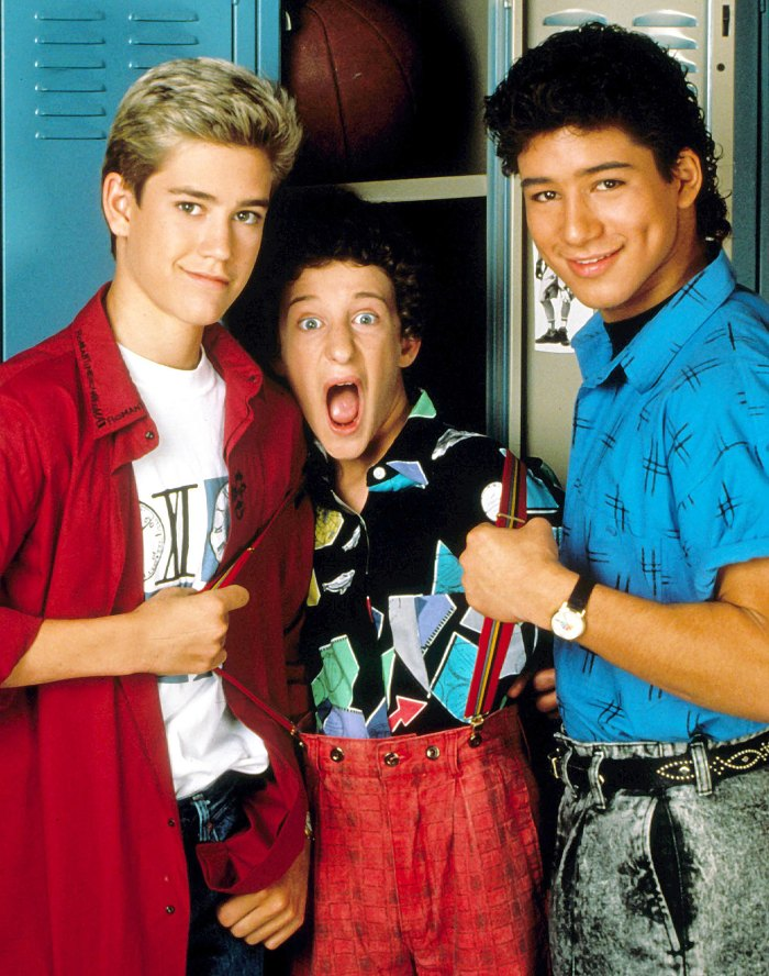 Mark Paul Gosselaar Dustin Diamond and Mario Lopez on Saved By The Bell Dustin Diamond Is Really Happy That Saved by the Bell Costars Sent Him Well-Wishes Amid Cancer Battle