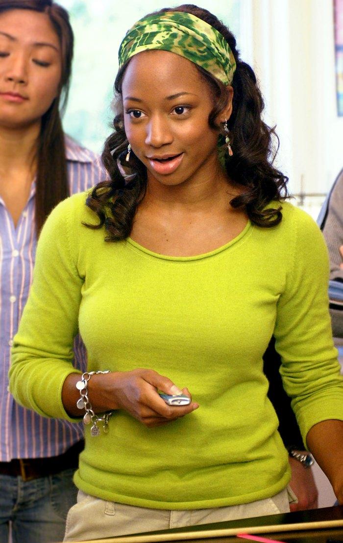 Monique Coleman de High School Musical comparte la desgarradora razón por la que su personaje usó diademas: peinaron el cabello negro 'mal'