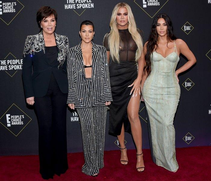 Cómo se sienten realmente las Kardashian sobre los problemas matrimoniales de Kim Kardashian y Kanye West 1