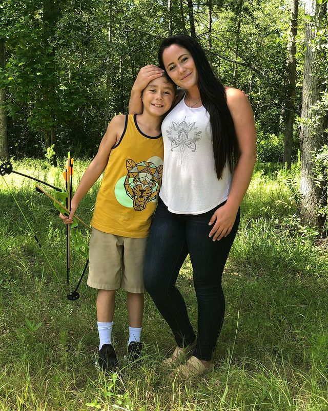 'Teen Mom 2' Alum Jenelle Evans Says She's Regained Custody of Son Jace From Mom Barbara