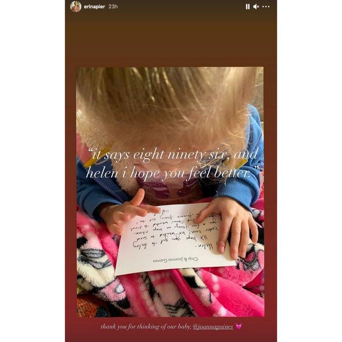 Joanna Gaines y Chip Gaines envían una tarjeta dulce a la hija de Erin Napier, Helen, después de romperse una pierna