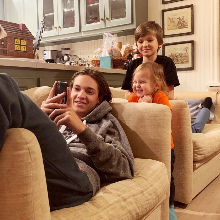 Kate Hudson se vuelve real sobre tener 3 hijos con 3 padres diferentes Ryder Robinson, Bingham Hawn Bellamy y Rani Rose Hudson Fujikawa Instagram