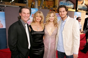 Kate Hudson Says She Misses Estranged Father, Siblings: 'It Would Be Nice to Connect'
