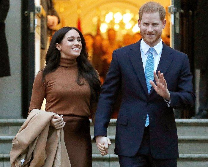 Meghan Markle Fails to Qualify for Getting Her British Passport After California Move Prince Harry Wave