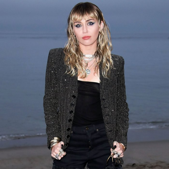 Miley Cyrus Mourns Death Angel Dog Mary Jane