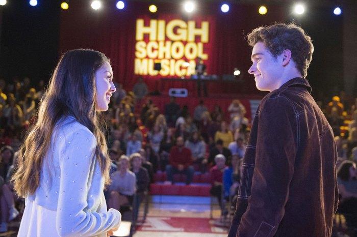 Olivia Rodrigo aparentemente sombrea a Joshua Bassett y Sabrina Carpenter High School Musical