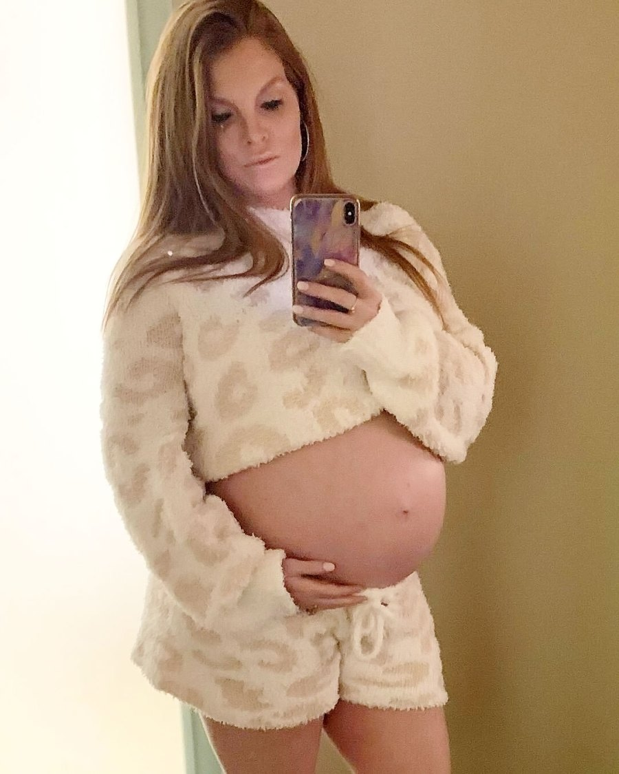 Brandi Redmond Pregnant Celebrities Showing Baby Bumps 2021