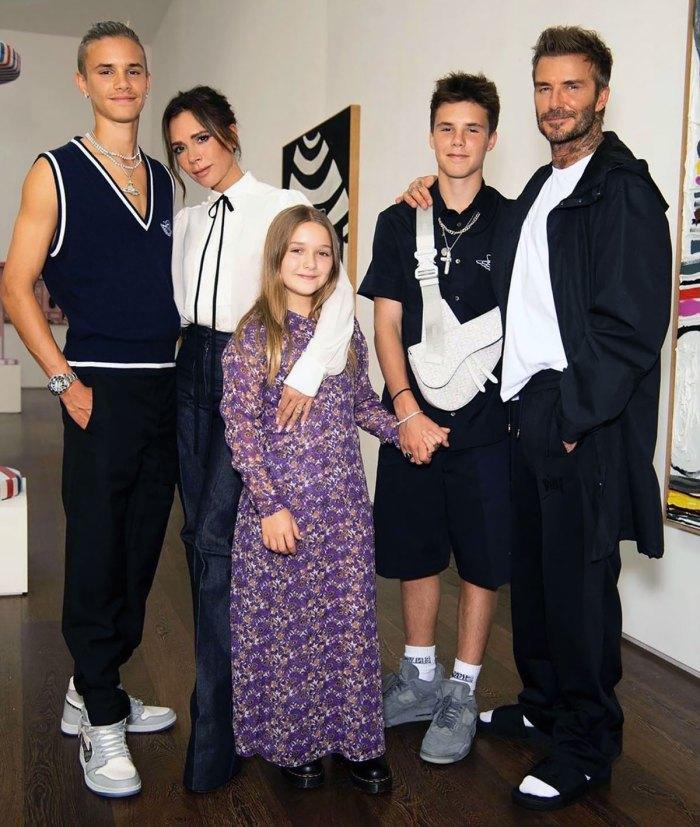 Romeo Beckham canaliza a sus padres para su debut en portada de revista