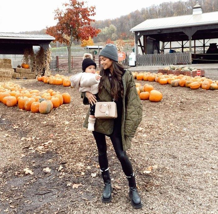 Shay Mitchell no está 'enfocada en' tener un segundo bebé: 'Absolutamente no me pierdo el embarazo'