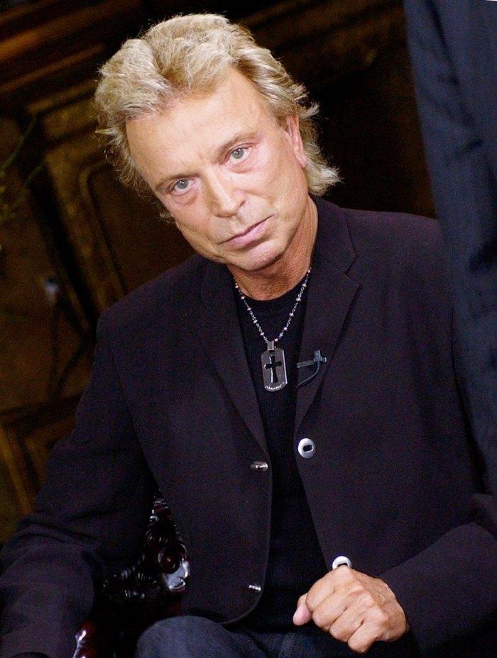 Siegfried Fischbacher Dead Siegfried & Roy Magician Dies at 81