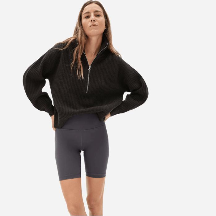 El pantalón corto de bicicleta Perform