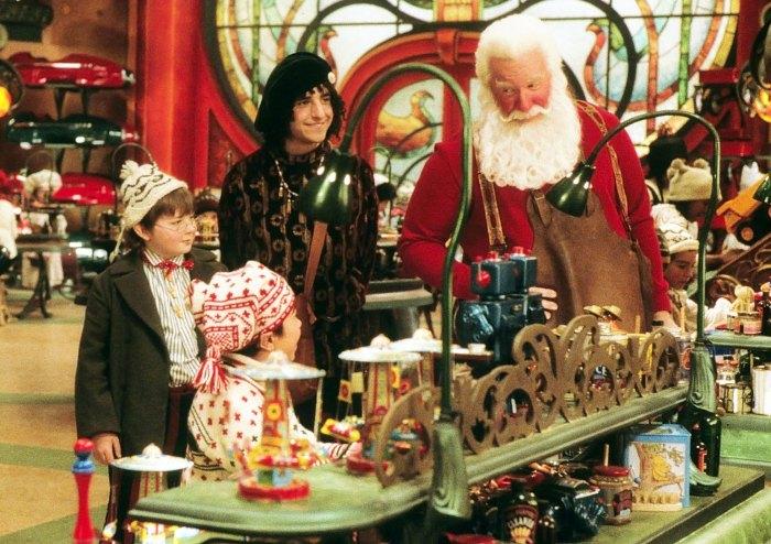 Tim Allen recuerda la caída de F-Bomb Santa Clause 2 Set
