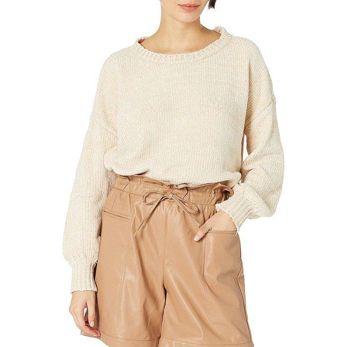 kendall-kylie-jenner-amazon-chenilla-suéter