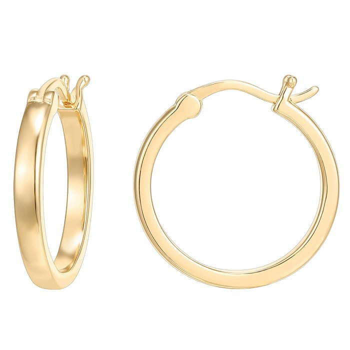 kendall-kylie-jenner-amazon-gold-aros
