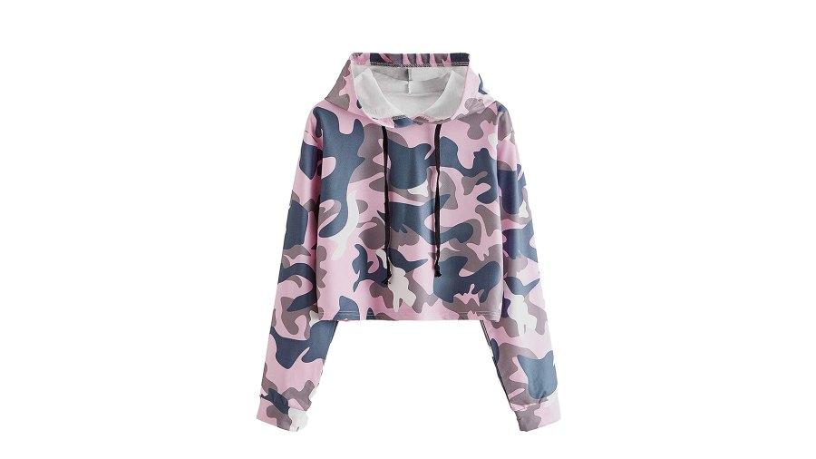 MakeMeChic Long-Sleeve Casual Printed Sweatshirt in Camo Pink