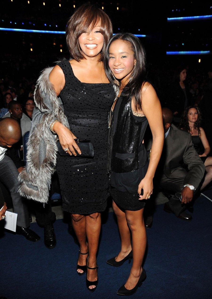 Whitney Houston and Bobbi Kristina Brown at the 2009 American Music Awards Bobbi Kristina Brown Life With Whitney Houston and Bobby Brown