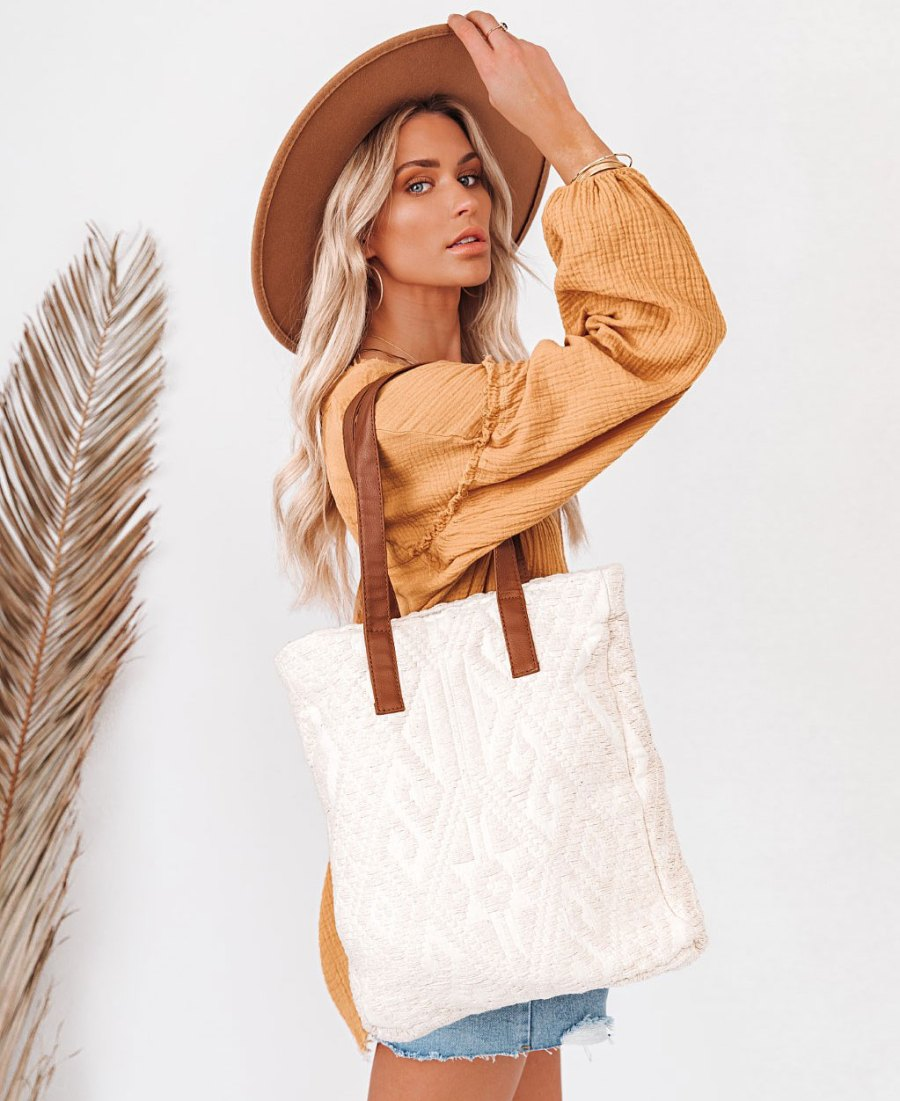 3 Beach Bags Add to Your Closet Warm Sunny Days Ahead