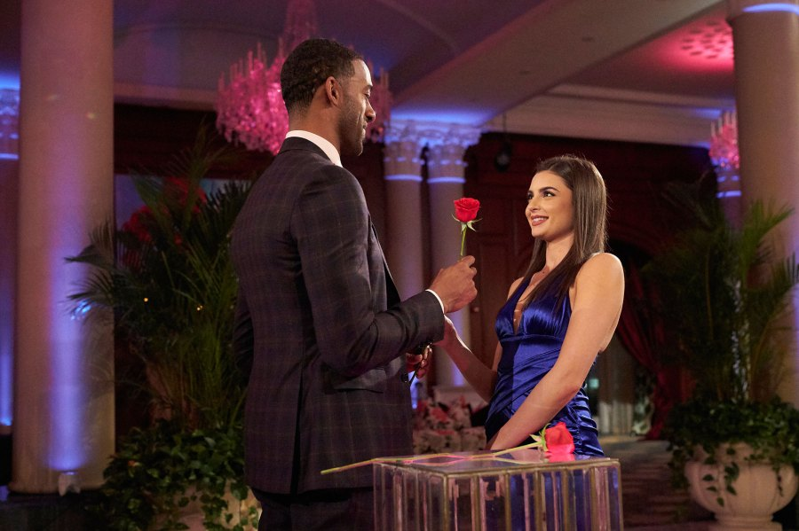 Bachelor Contestant Rachael Kirkconnell Mom Kim Says Daughter Feels Hopeless Amid Racial Controversy Matt James