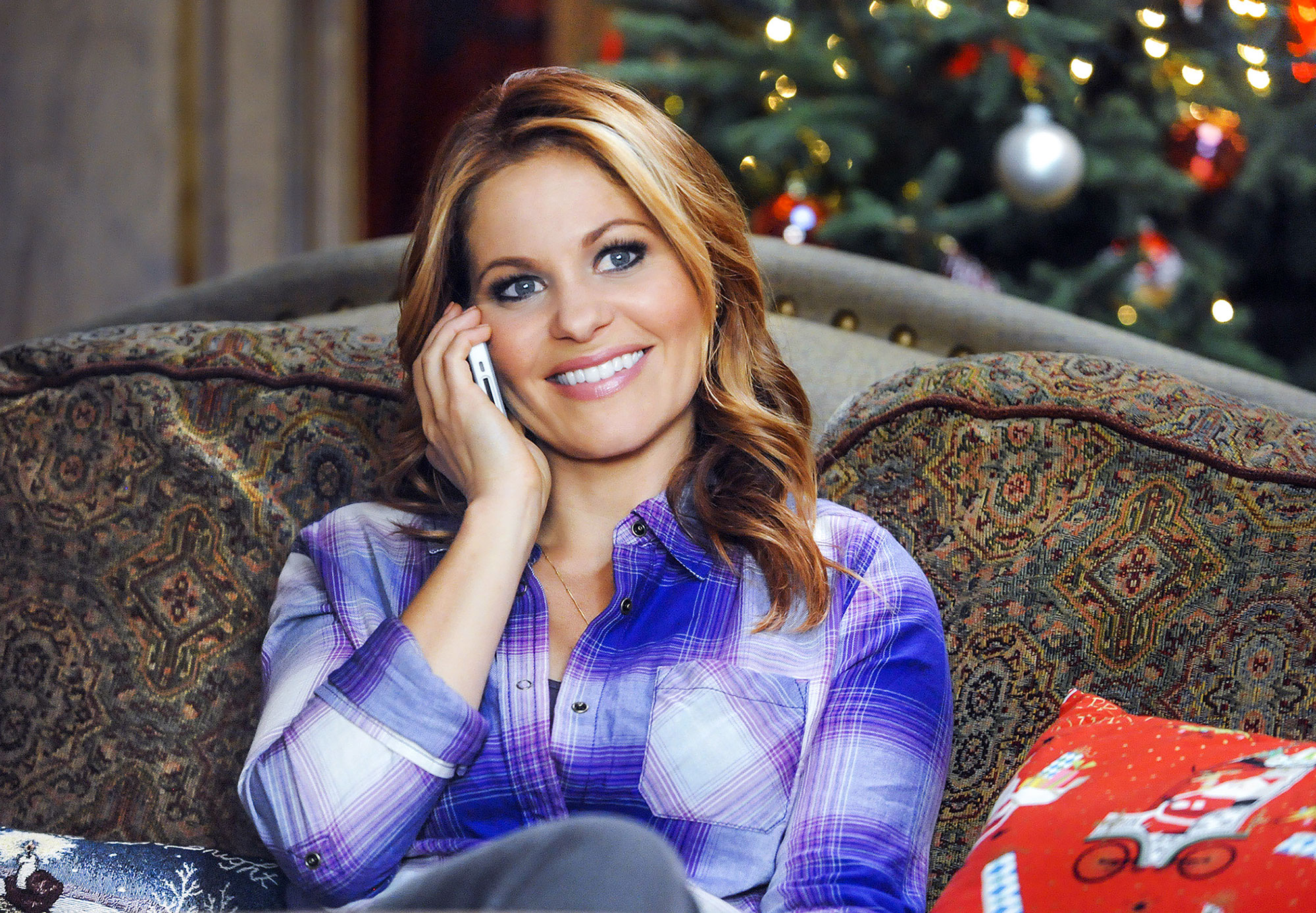 Candace Cameron Bure Fires Back at Assumption About Making Hallmark Movies thumbnail