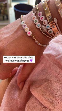 Chrissy Teigen marca la fecha de parto de su difunto hijo Jack 5 meses después de la pérdida del embarazo