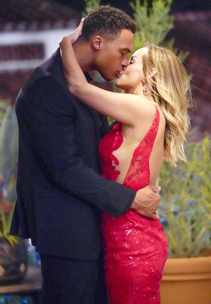 Confirmed Bachelorette Clare Crawley Dale Moss Seal Reconciliation With Kiss