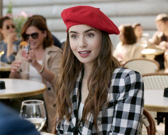 Los creadores de Emily Paris supuestamente volaron a los votantes de los Globos de Oro en Francia