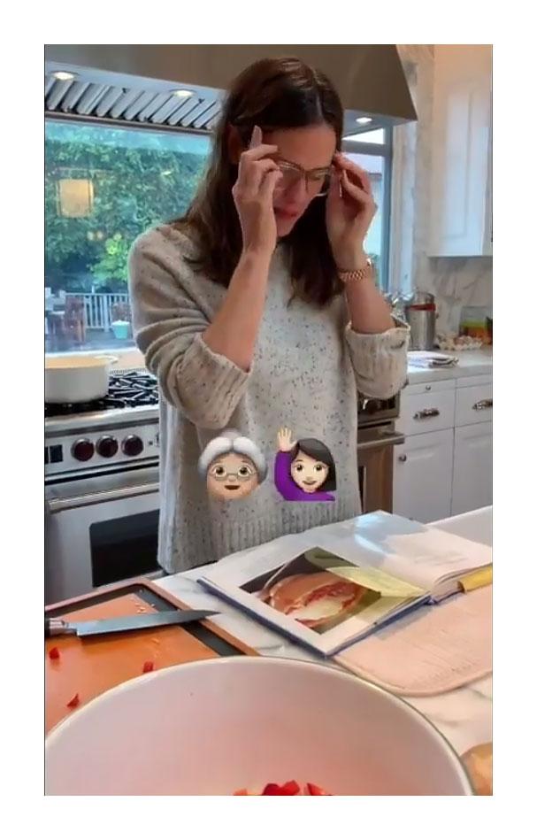 Jennifer Garner Instagram Celebrities Who Throw At-Home Super Bowl Parties