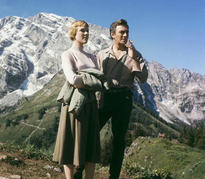 Julie Andrews Reacts to Death of Sound of Music Costar Christopher Plummer 2