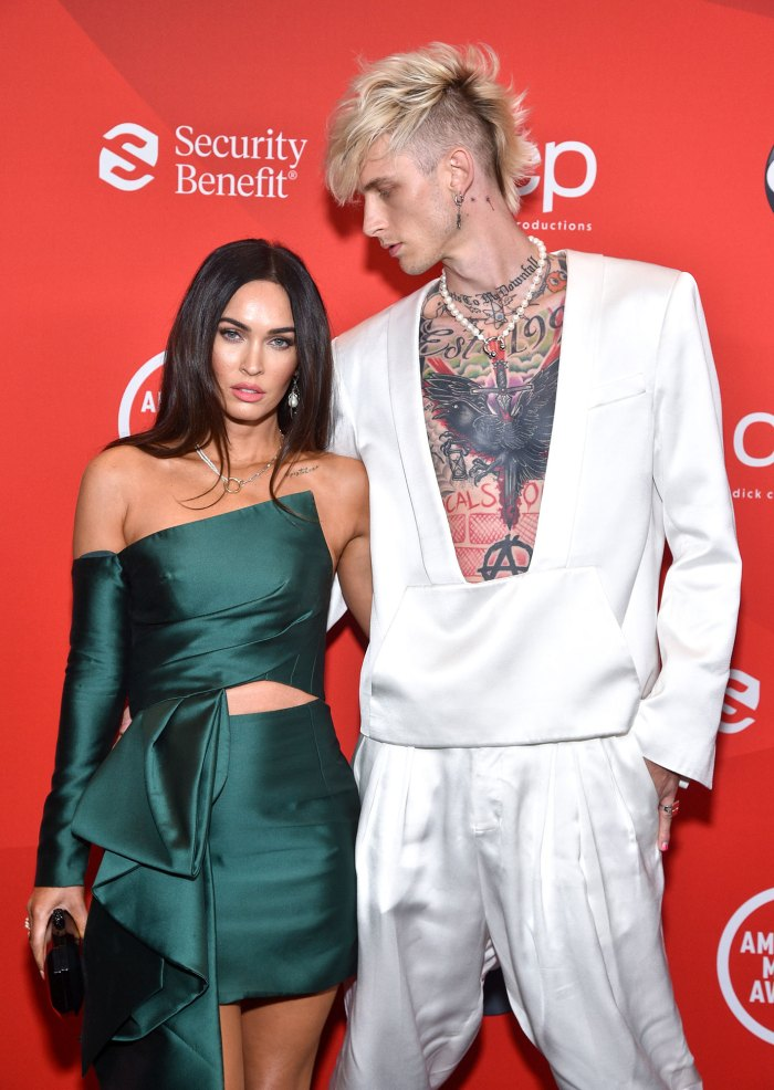 Machine Gun Kelly Wearing Megan Fox Blood Around His Neck Valentines Day