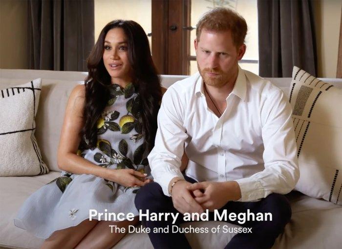 Meghan Markle Stuns in Oscar de la Renta Dress After Announcing Pregnancy: Pics