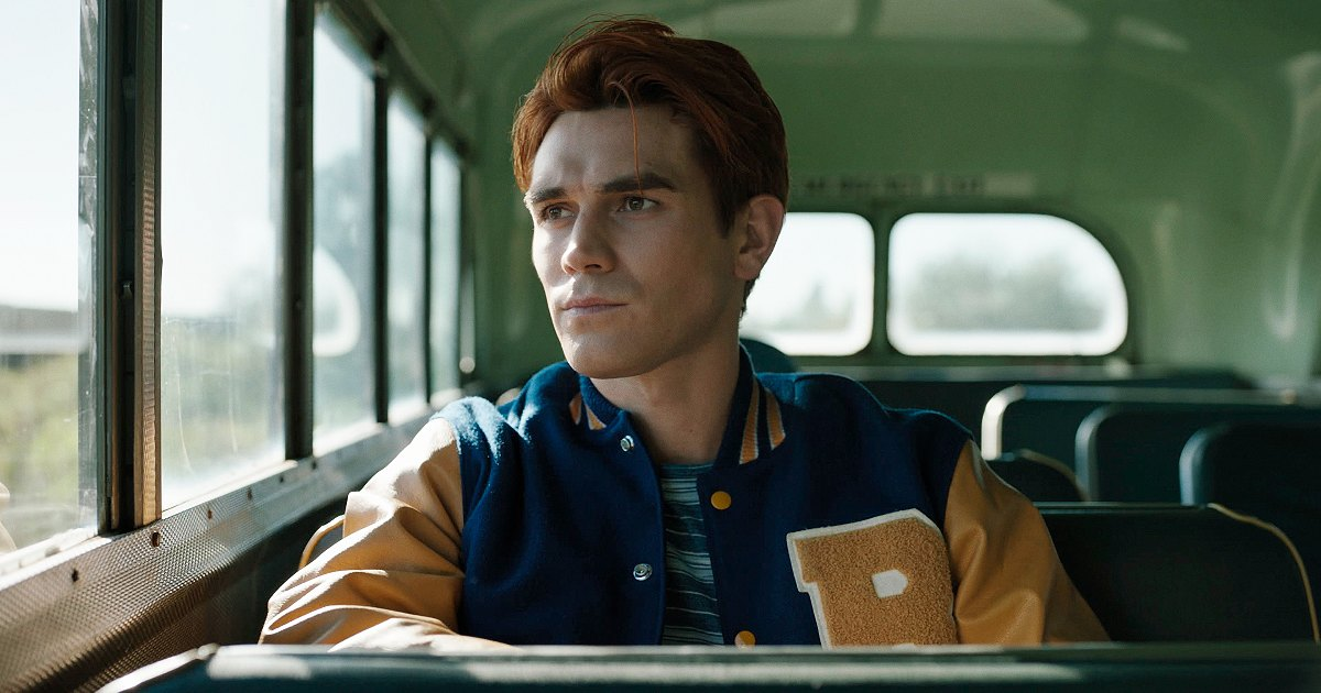 KJ Apa Compares Filming 'Riverdale' to Being 'in Jail,' Says He 'Felt Free' On New Movie Set.jpg