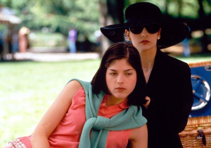 Sarah Michelle Gellar: El beso de Selma Blair con 'intenciones crueles' fue 'mucho mejor' que besarse con chicos en la cámara