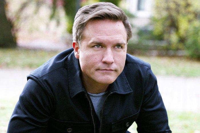 Scott Porter una vez se sintió encasillado como el nuevo James Marsden