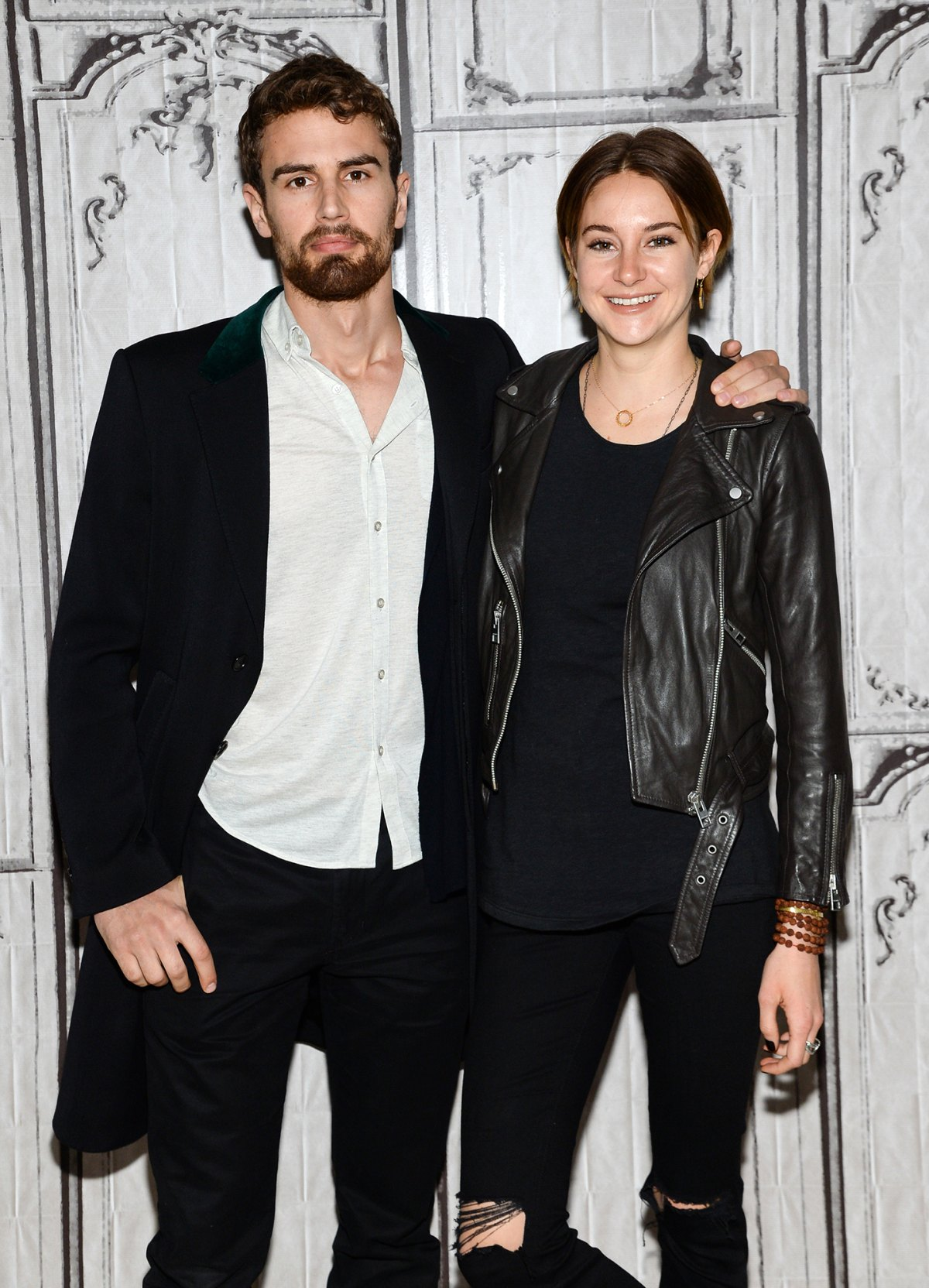 Shailene woodley and theo james engaged